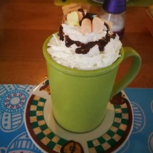 chocolate caliente con malvas