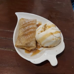 chimichanga de manzana