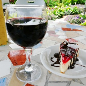 cheese cake and wine