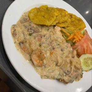 filete de pescado a lo macho