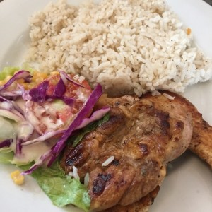 filete de pollo con arroz con coco