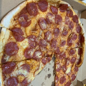Pizza de Pepperoni, tamaño familiar