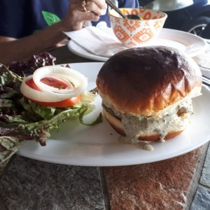 blue chese burger