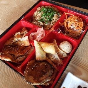 bento Box, yakimeshi set