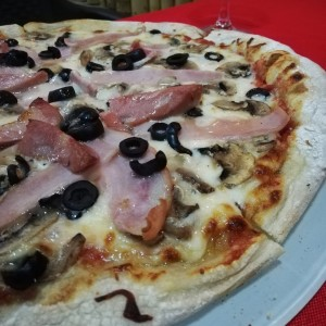 Pizza Divina Commedia