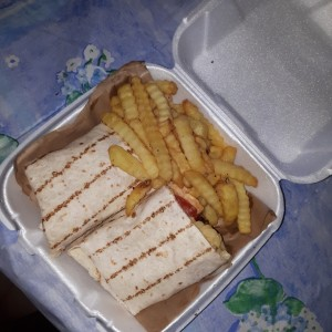 wrap de burguer y mac and chease con papitas