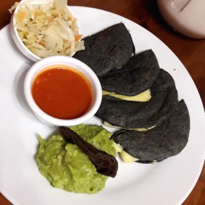 Tortillas con.... - Con queso chancol
