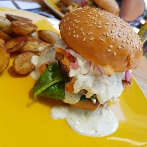 Burger Gula con Queso Gorgonzola