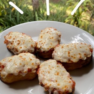 Bruschetta Italiana con queso