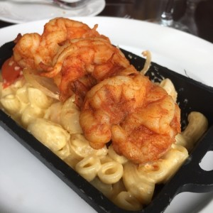 Mac and Cheese con camarones