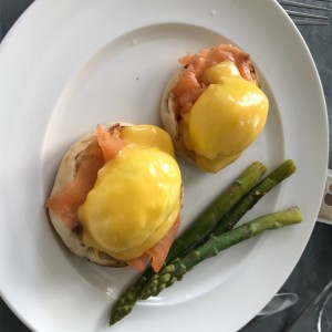 benedicts con salmon