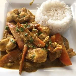 pollo thai con curry