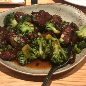 Beef with brocoli