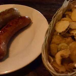 Polaca y Bierwurst con Fried Pickels