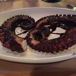 pulpo al carbon