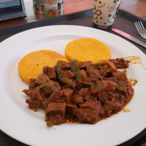 Picadillo con tortillas
