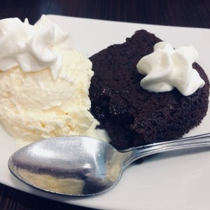 Brownie y helado