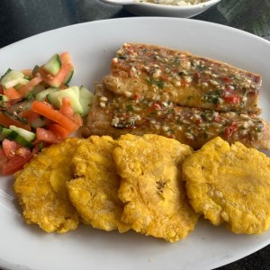 filete de pezcado a la ajillo