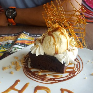 brownie con helado super rico