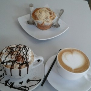 Capuccino Royal, Muffin de Coffee cake con nueces