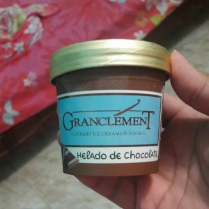 Helado de chocolate