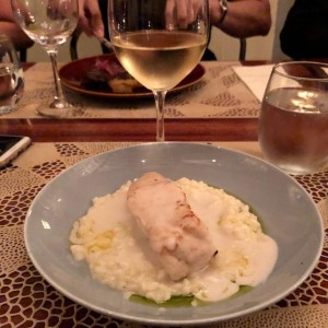 Filete de corvina y vino blanco