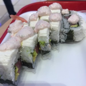 pifia roll de tuna