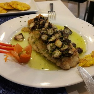 filete de corvina con pulpo