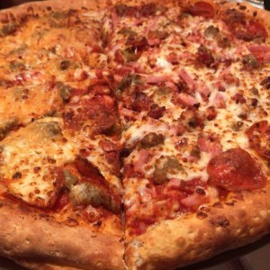 pizza jhons favorite /all meats
