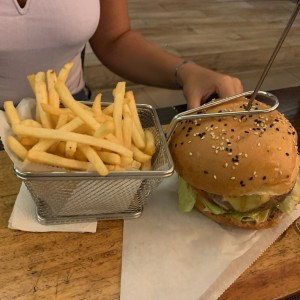 Hamburguesas - Nuestra cheese burger