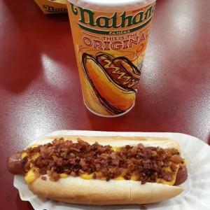 chili and cheese hotdog