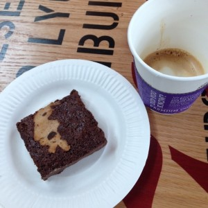 macchiato y cookie dough brownie