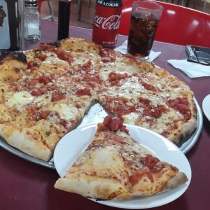 Pizza Marinera con queso
