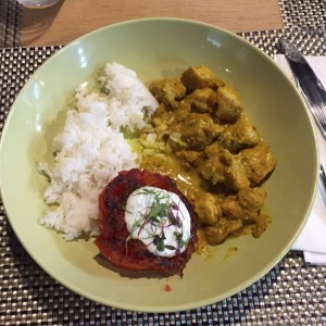 Especialidades - Curry Chicken Bowl