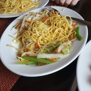Chow Mein con vegetales