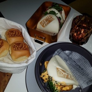 Rockshrimp & porkbelly buns