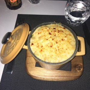 Lobster mac & cheese