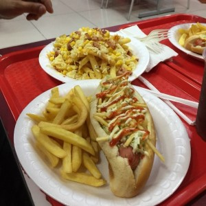 hot dog en combo y adicional papas lokas