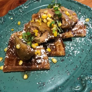 Saturday Brunch - Waffle Crispy Chicken