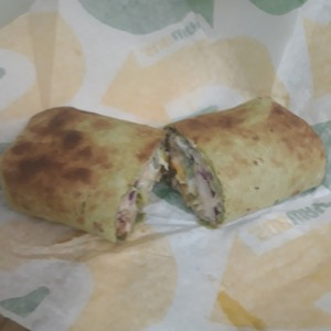 Wrap chicken cesar en espinaca??