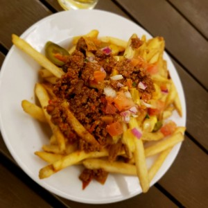 Fries with chili