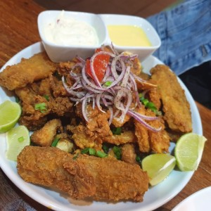 Jalea de marisco mixta.