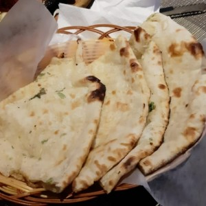 Cheese Garlic Naan