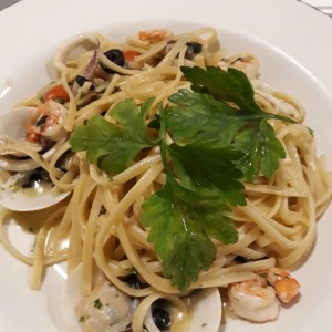 Linguini frutos del mar