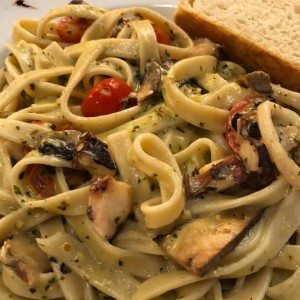 Fettucini with octapus and portobello mushrooms