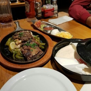 Mix and Match Fajitas de Carne y Pollo