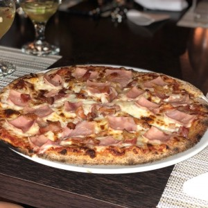 pizza emiliana