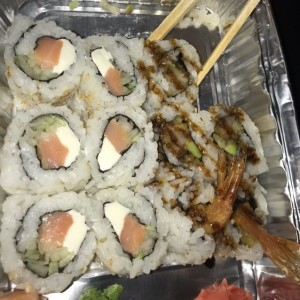 philadelphia y shrimp tempura roll