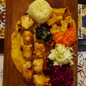 POLLOS / CHICKEN - Pollo Shish