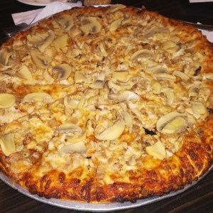 Pizza de Pollo con Hongos